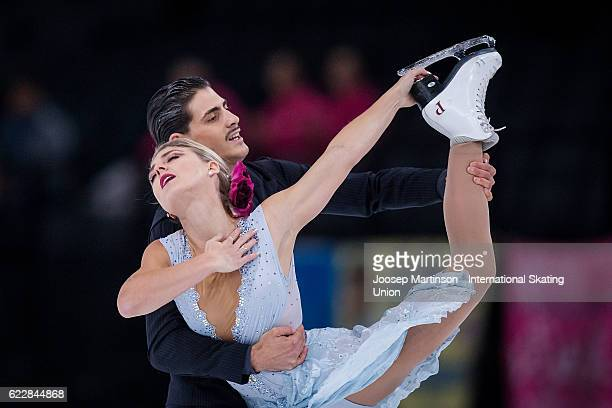 Piper Gilles and Paul Poirier of Canada compete during Ice Dance Free Dance on day two of the Trophee de France ISU Grand Prix of Figure Skating at...