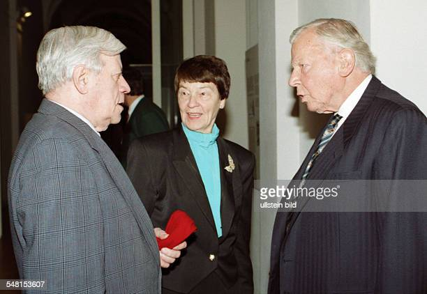 Piper Klaus Publisher Germany with exchancellor Helmut Schmidt and his wife Ehefrau Hannelore in Hamburg