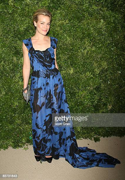 Piper Perabo attends the 5th Anniversary of the CFDA/Vogue Fashion Fund at Skylight Studios on November 17, 2008 in New York City.