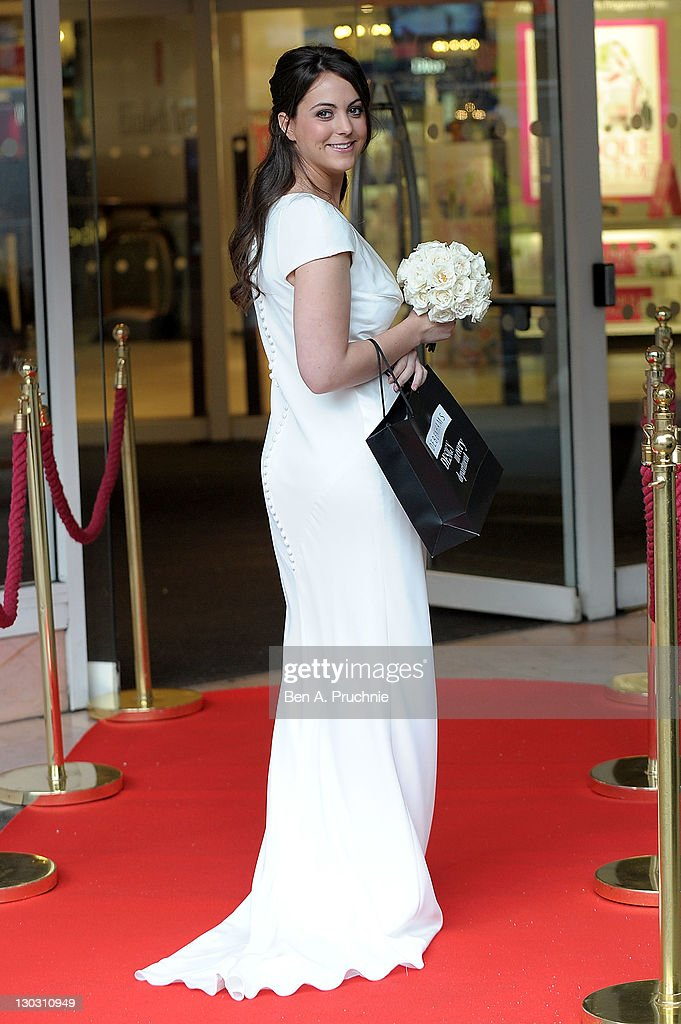 Pippa Middleton Look A Like Jo Bredo Launches Dress Inspired By S