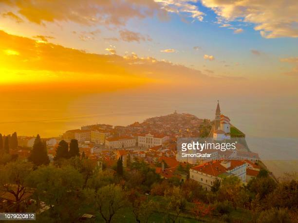 piran slovenia. iphon x - slovenia stock pictures, royalty-free photos & images