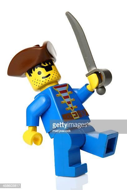 lego pirata figura - lego imagens e fotografias de stock