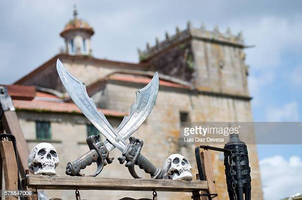 pirate swords with the convent of Vilagarcia de Arousa