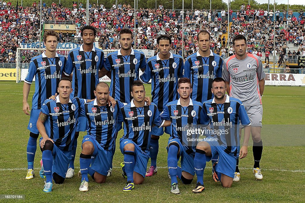 AC Pisa 1909 line up prior to the LegaPRO match between AC Pisa ...