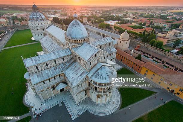 pisa cathedral, pisa, tuscany, italy - pisa stockfoto's en -beelden