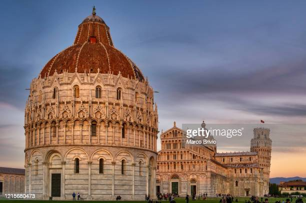 pisa tuscany italy. piazza dei miracoli. il duomo. the leaning tower - marco brivio stock pictures, royalty-free photos & images