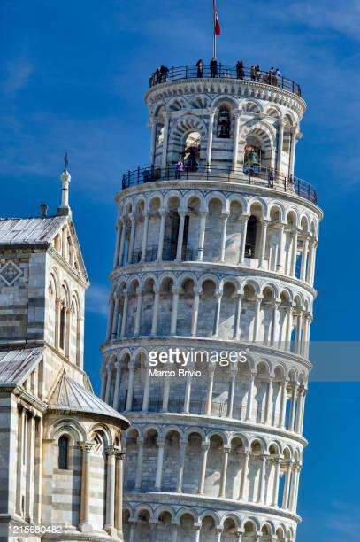 pisa tuscany italy. piazza dei miracoli. il duomo. the leaning tower - torre di pisa foto e immagini stock