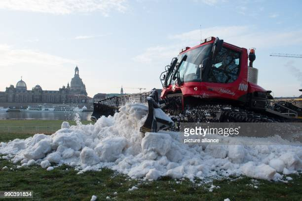 30 Pisten Bully Pictures, Photos & Images - Getty Images