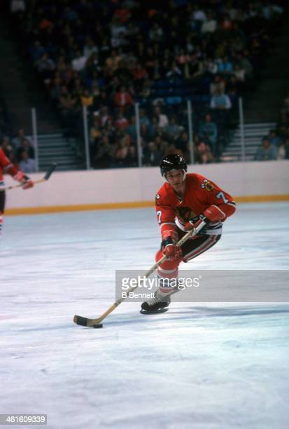 Pit Martin of the Chicago Blackhawks skates with the puck during an NHL game circa 1976