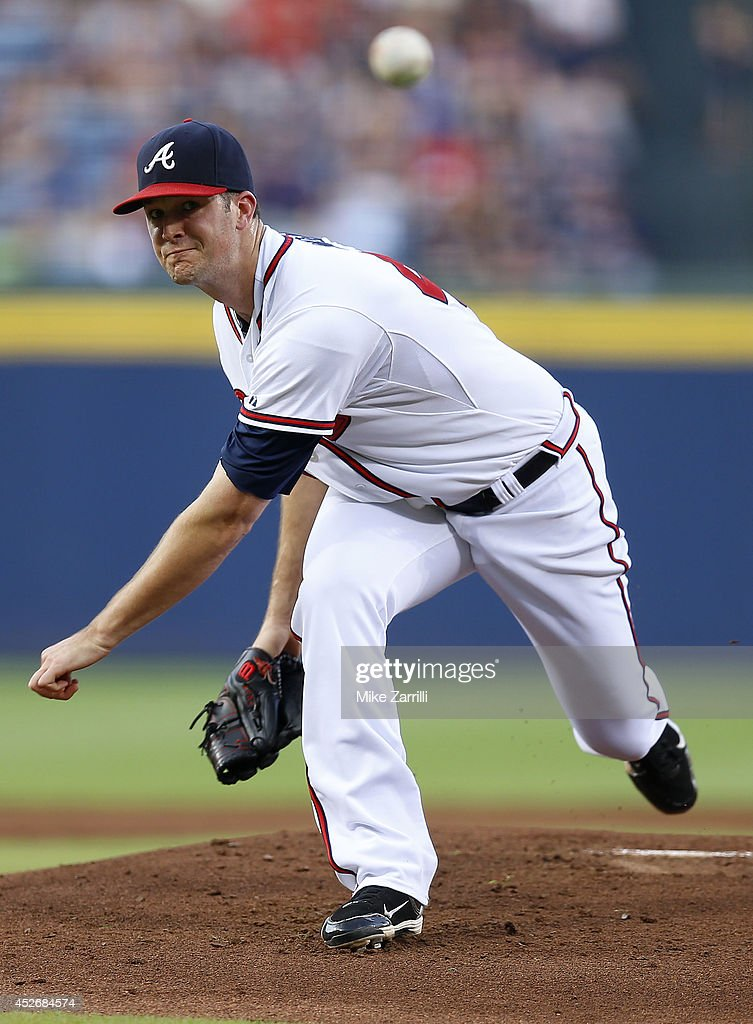 Pitcher Alex Wood #40 of the Atlanta Braves throws a pitch in the first inning of the game against the San Diego Padres at Turner Field on July 25, 2014 in Atlanta, Georgia.