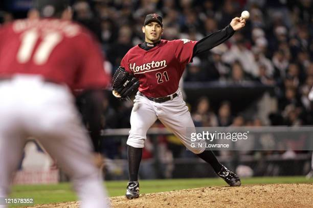 Pitcher Andy Pettitte of the Houston Astros attempts a pickoff during game 2 of the World Series against the Houston Astros at US Cellular Field in...