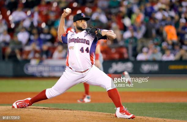 Pitcher Angel Castro from Aguilas Cibaenas of Republica Dominicana throws against Tomateros de Culiacan of Mexico during the Caribbean Baseball...