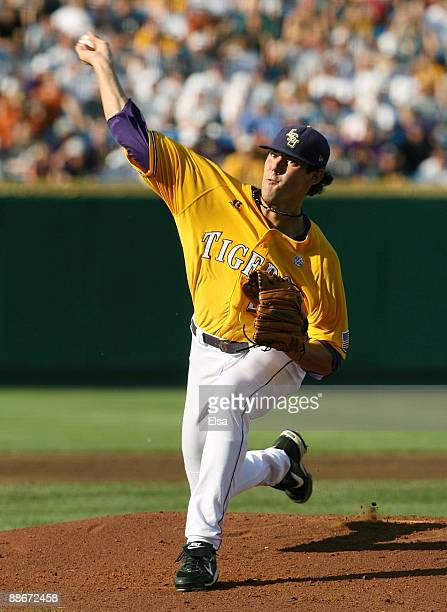 Pitcher Anthony Ranaudo of the Louisiana State University Tigers pitches in the first inning against the Texas Longhorns during Game 3 of the 2009...