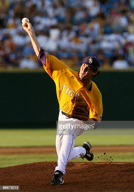 Pitcher Anthony Ranaudo of the Louisiana State University Tigers pitches in the fifth inning against the Texas Longhorns during Game 3 of the 2009...