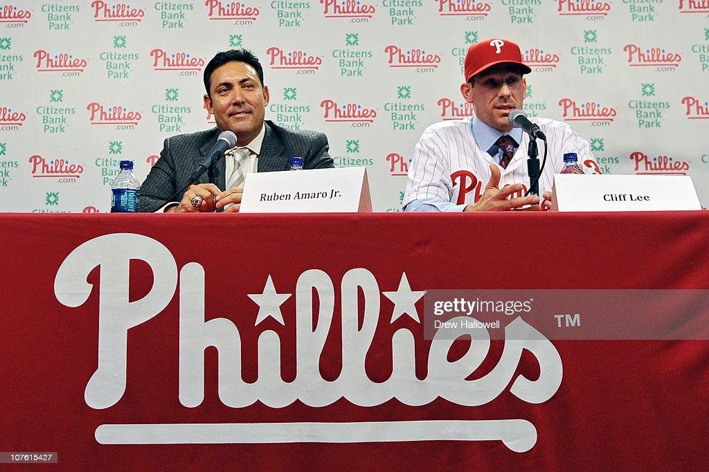 Philadelphia Phillies Introduce Cliff Lee : News Photo