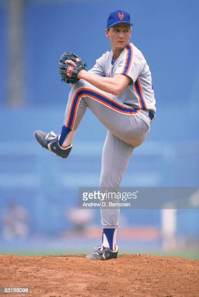 Pitcher David Cone of the New York Mets winds back to pitch during a season game David Cone played for the New York Mets from 19871992