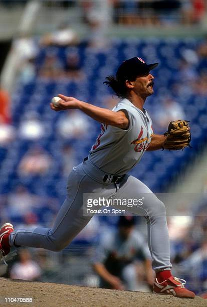 Pitcher Dennis Eckersley of the St Louis Cardinals pitches during a Major League Baseball game circa 1997 Eckersley played for the Cardinals from...