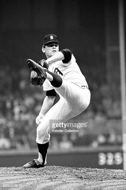 Pitcher Denny McLain of the Detroit Tigers, delivers a pitch during a game in 1968 at Tiger Stadium in Detroit, Michigan.