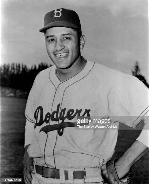 Pitcher Don Newcombe of the Brooklyn Dodgers poses for a portrait circa 1950's