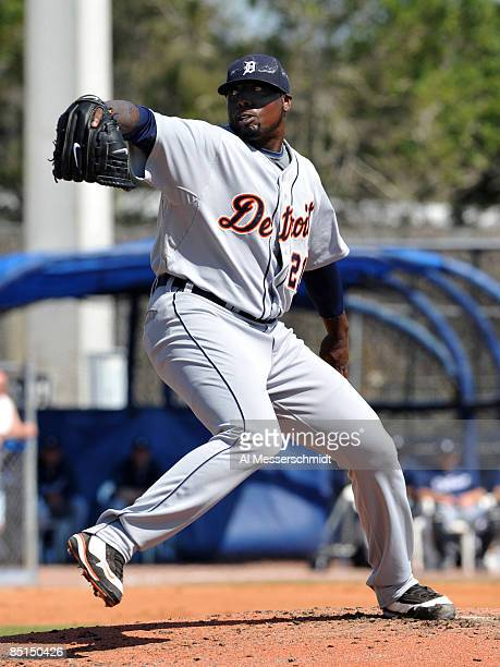 Pitcher Dontrelle Willis of the Detroit Tigers pitches in relief against the Toronto Blue Jays February 27 2009 at Dunedin Stadium in Dunedin Florida