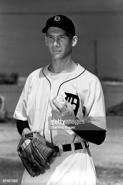 Pitcher Hal Newhouser of the Detroit Tigers poses for a portrait during March, 1948 Spring Training in Lakeland, Florida.