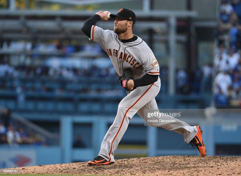 San Franciso Giants  v Los Angeles Dodgers : News Photo