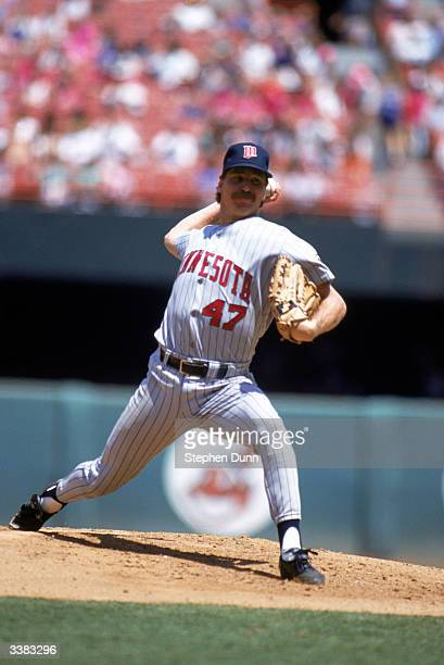 Pitcher Jack Morris of the Minnesota Twins pitches during a 1991 season game against the Angels at Angel Stadium on August 7 1991 in Anaheim...