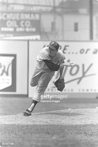 Pitcher Jim Bunning of the Philadelphia Phillies delivers a pitch during a 1966 game against the Cincinnati Reds at Crosley Field in Cincinnati Ohio