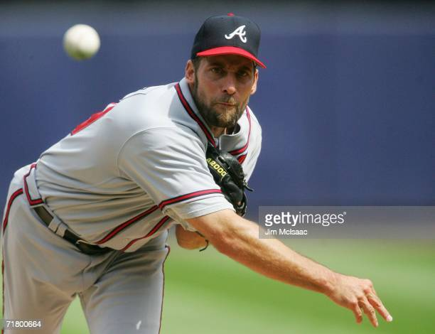 Pitcher John Smoltz of the Atlanta Braves throws against the New York Mets September 6 2006 at Shea Stadium in the Flushing neighborhood of the...