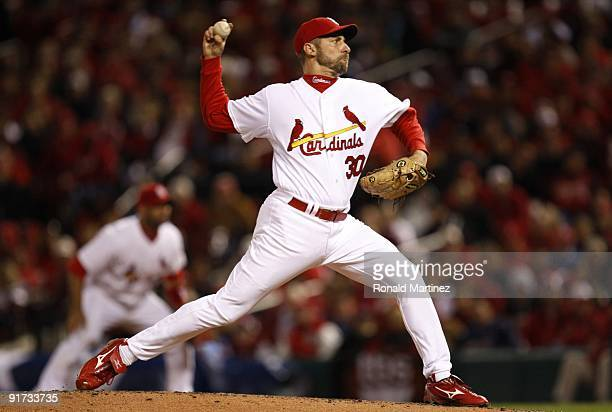 Pitcher John Smoltz of the St Louis Cardinals delivers a pitch against the Los Angeles Dodgers in the fifth inning of Game Three of the NLDS during...