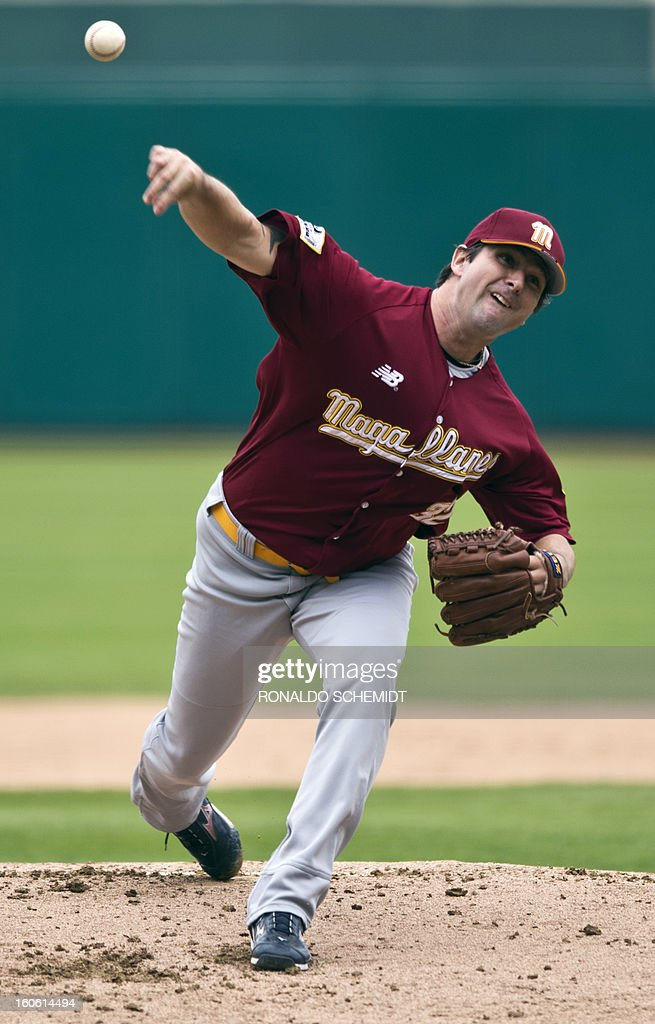 Pitcher Ken Ray of Magallanes of Venezuela, pitches against Criollos de Cagua of Puerto Rico during the 2013 Caribbean baseball series, on February 3, 2013, in Hermosillo, Sonora State, in the northern of Mexico. AFP PHOTO/Ronaldo Schemidt