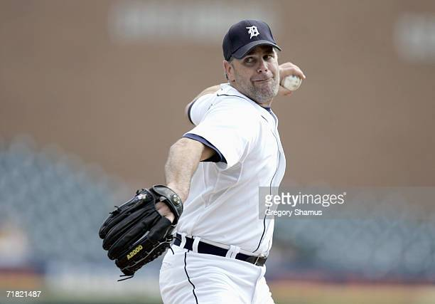 Pitcher Kenny Rogers of the Detroit Tigers winds back to pitch during the game against the Seattle Mariners on September 6, 2006 at Comerica Park in...