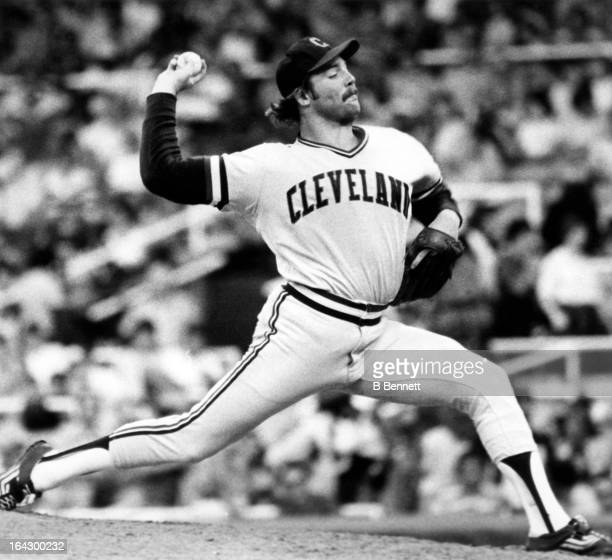Pitcher Len Barker of the Cleveland Indians throws a pitch during an MLB circa 1980 at the Cleveland Municipal Stadium in Cleveland, Ohio.