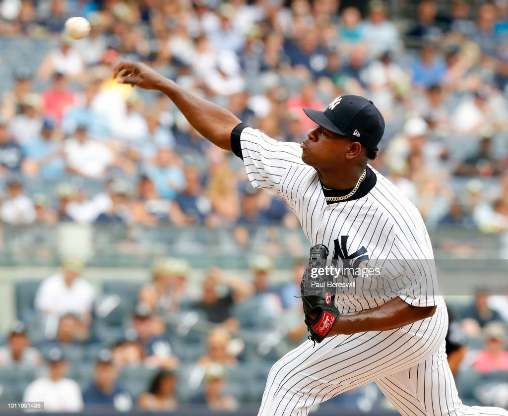 Kansas City Royals vs New York Yankees : News Photo