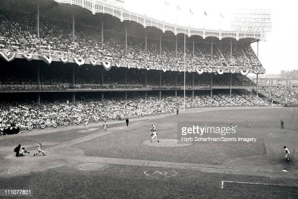 Pitcher Marshall Bridges of the New York Yankees pitches during a 1962 World Series game against the San Francisco Giants at Yankee Stadium on...