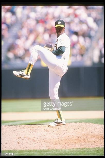 Pitcher Mike Norris of the Oakland Athletics prepares to throw the ball Mandatory Credit Otto Greule /Allsport