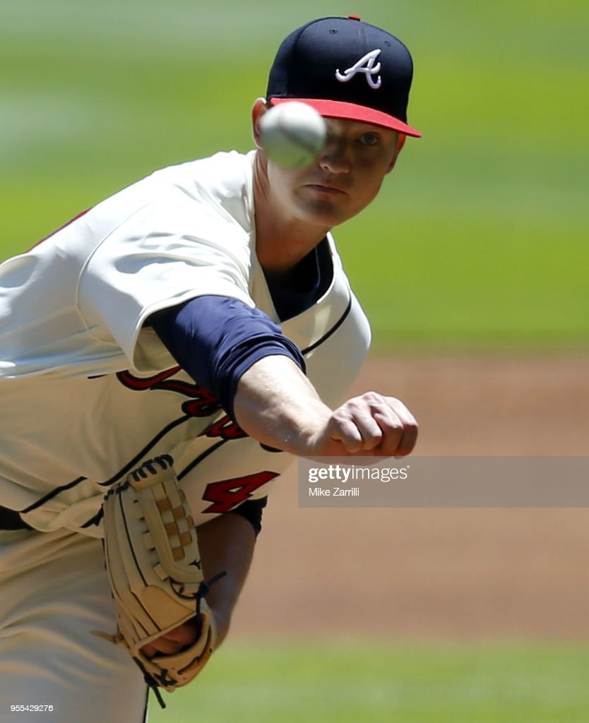 Pitcher Mike Soroka #40 of the Atlanta Braves throws a pitch in the first inning during the game against the San Francisco Giants at SunTrust Park on May 6, 2018 in Atlanta, Georgia.
