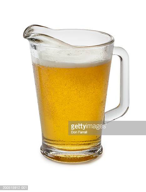 pitcher of beer - pitcher stockfoto's en -beelden