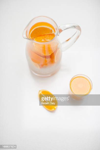 Pitching von orange Scheiben