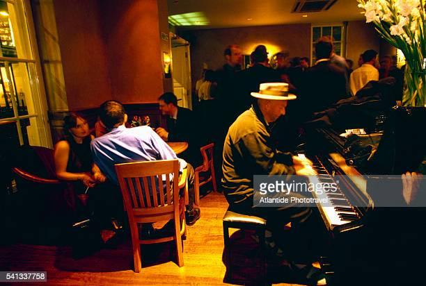 Pitcher & Piano Bar in Soho