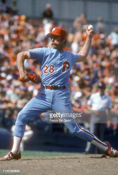 Pitcher Sparky Lyle of the Philadelphia Phillies pitches against the New York Mets during an Major League Baseball game circa 1981 at Shea Stadium in...