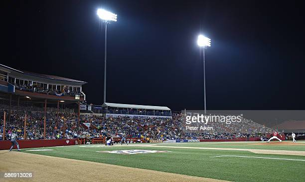 Pitcher Tim Hudson of the Kansas Stars delivers a pitch against the Colorado Xpress in the second inning during the NBC World Series on August 6,...