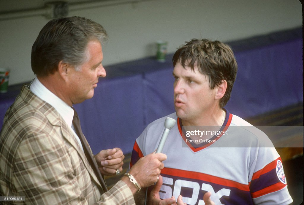 Pitcher Tom Seaver #41 (r) of the Chicago White Sox is interviewed by ex Dodger pitcher Don Drysdale (l) after Seaver gets his 300th win over the New York Yankees in a Major League Baseball game August 4, 1984 at Yankee Stadium in the Bronx borough of New York City. Seaver played for the White Sox from 1984-86.