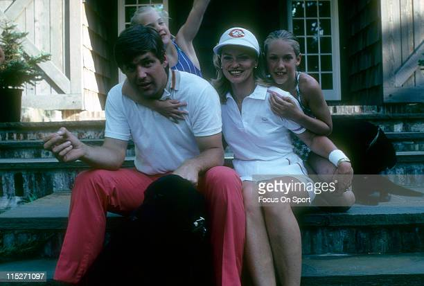 Pitcher Tom Seaver of the Cincinnati Reds with his wife Nancy Seaver and two daughters Sarah Seaver Anne Elizabeth Seaver in Cincinnati Ohio Seaver...