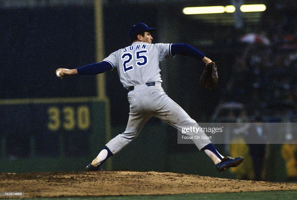 Los Angeles Dodgers v Philadelphia Phillies : News Photo