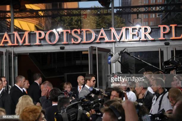 Pitt Brad Schauspieler USA bei der Deutschlandpremiere von 'Inglourious Basterds' in Berlin