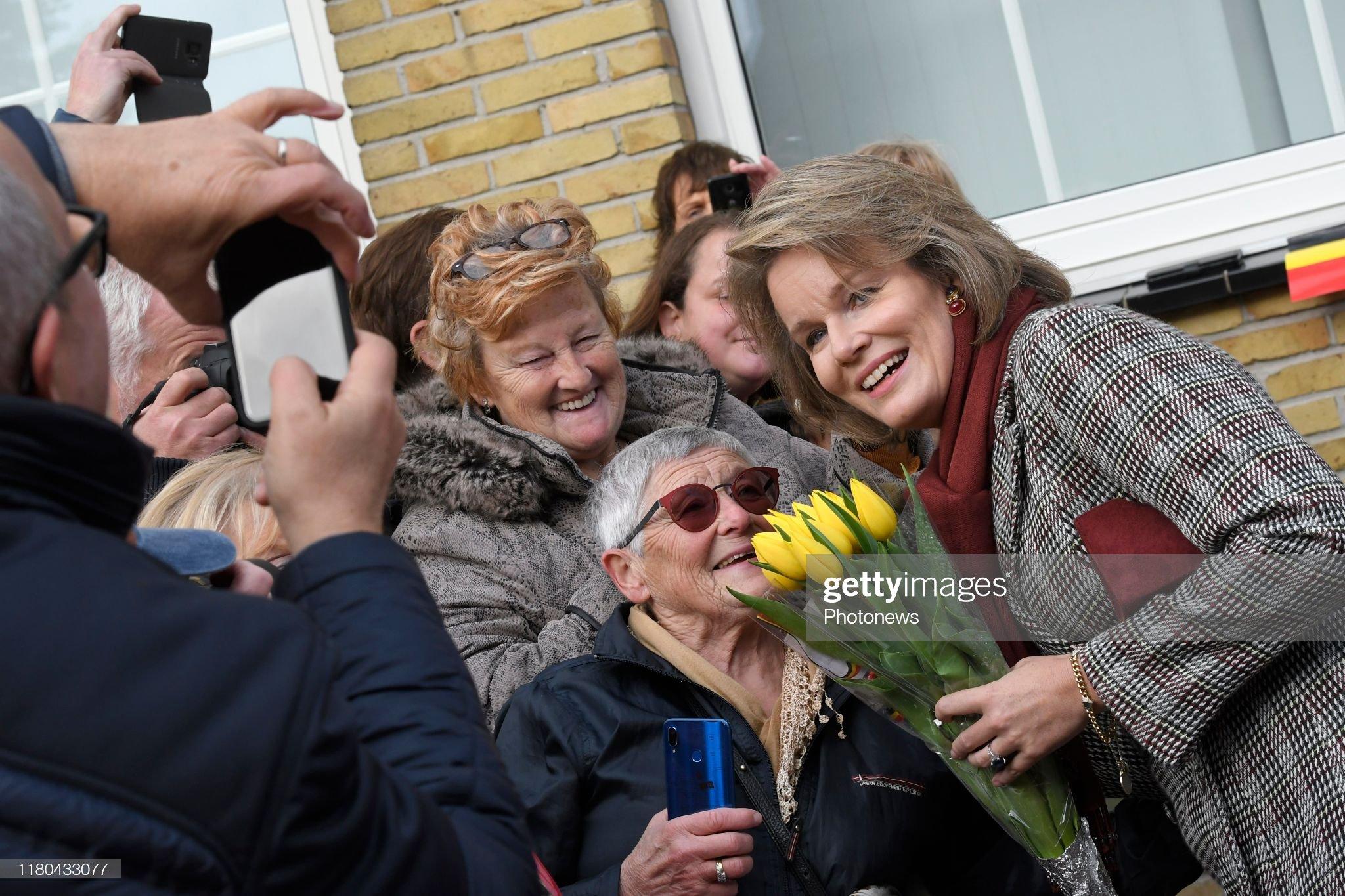 pittem-belgium-november-6-2019-ontmoeting-met-de-bevolking-rencontre-picture-id1180433077