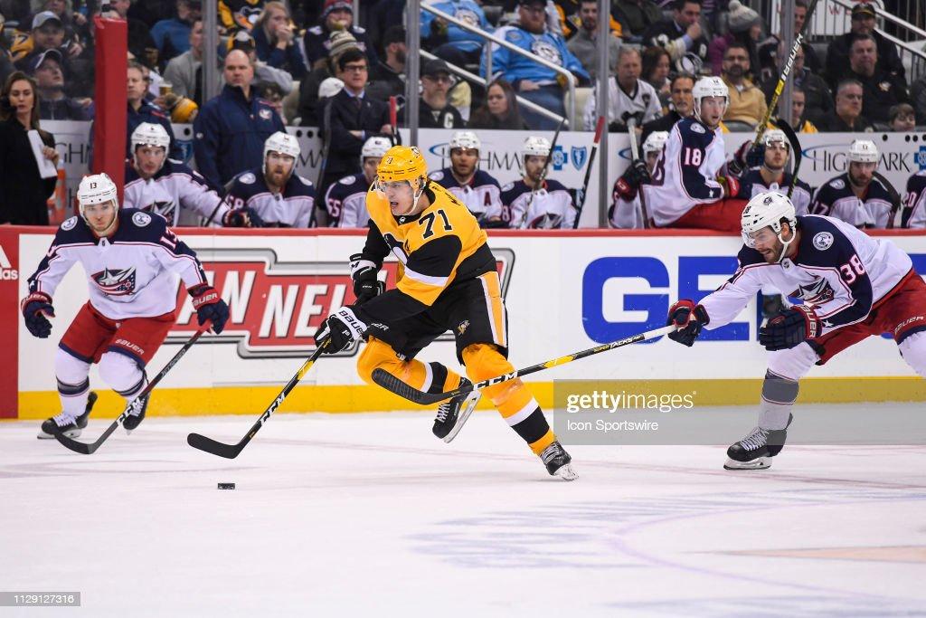 NHL: MAR 07 Blue Jackets at Penguins : News Photo