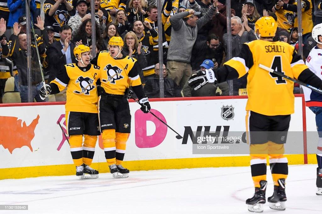 NHL: MAR 12 Capitals at Penguins : News Photo