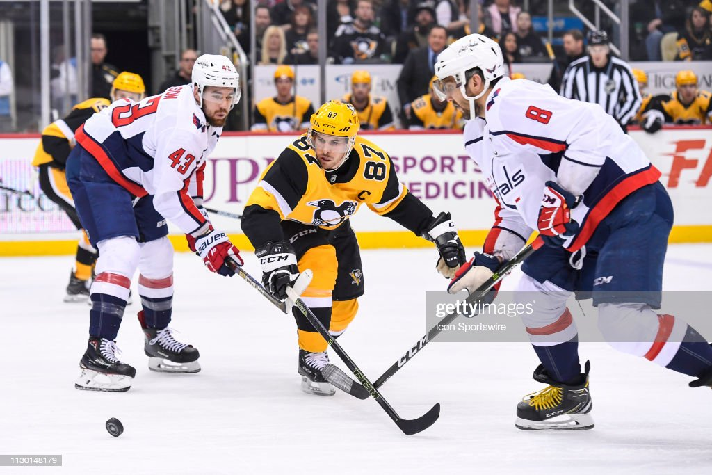 NHL: MAR 12 Capitals at Penguins : News Photo